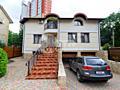 Vă propunem spre achiziționare casă excepțională poziționată ...