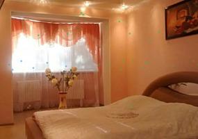 1-2-3-комн, уютные, чистые квартиры ВИП, эконом. Центр