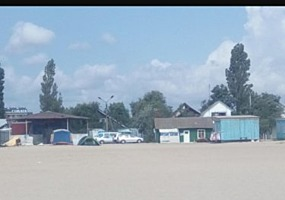 Грибовка, ул Приморская 10, база отдыха на берегу моря- 1 линия