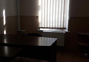 "Сдам офис Богдана Хмельницкого / к-тр "" Родина"", офис, 2 кабинета,"